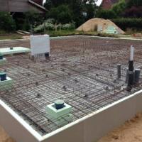 8. Tag: Betonieren der Bodenplatte