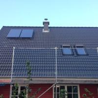 29. Tag: Schornstein und Solar-Kollektoren